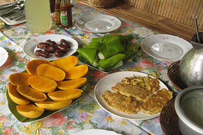 Филиппинский завтрак