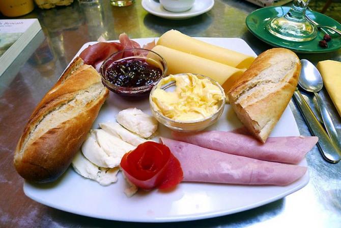 Petit déjeuner brésilien