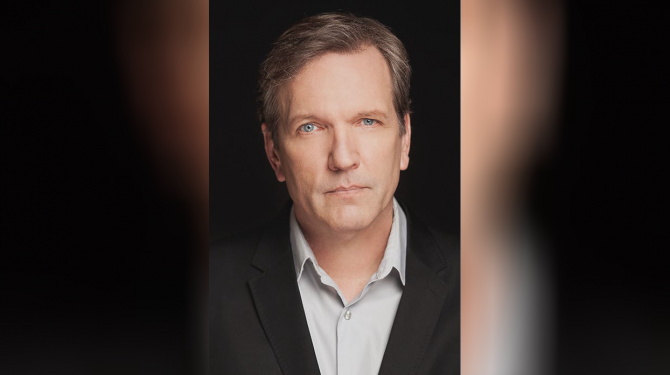 Best Martin Donovan movies