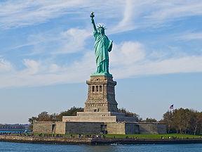 Estátua da Liberdade ... 92,99 Mts.