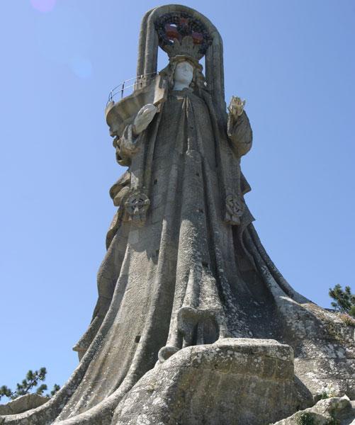Vierge du Rocher ... 15 Mts.