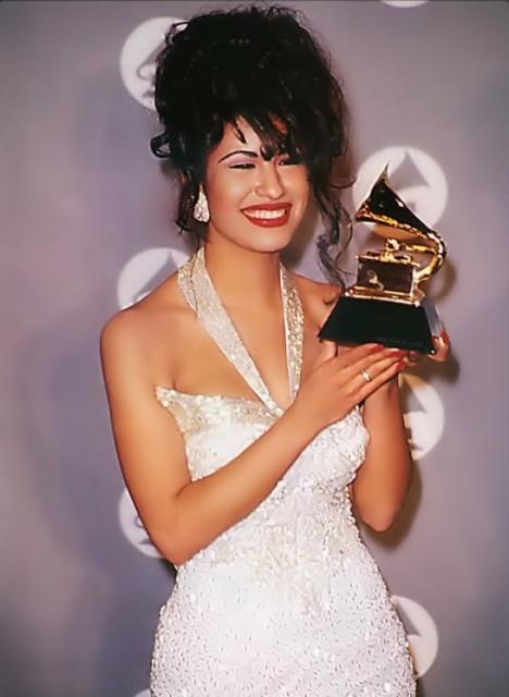 11 Selena Quintanilla (USA, Mexico)