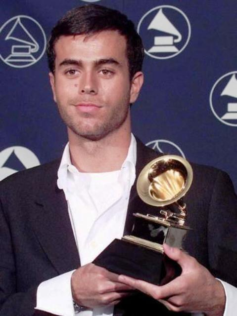 16 Enrique Iglesias (Spain)