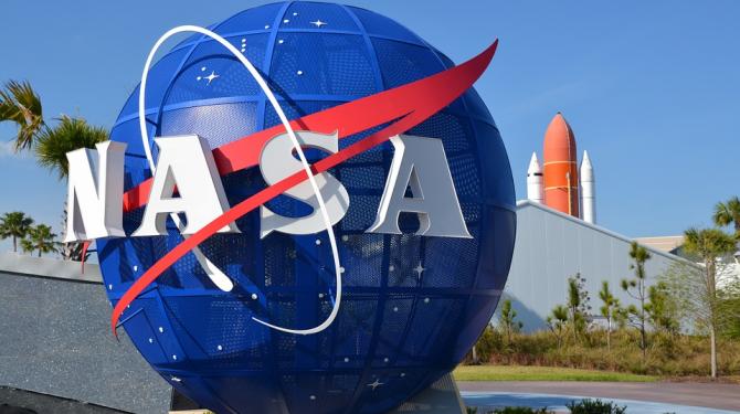 สิ่งประดิษฐ์ที่สร้างขึ้นสำหรับนักบินอวกาศและเราทุกคนใช้ในวันนี้