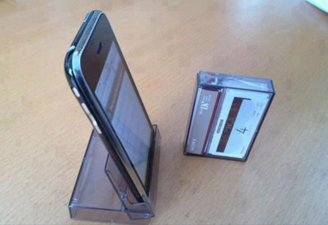 Reuse a cassette casing as a mobile platform