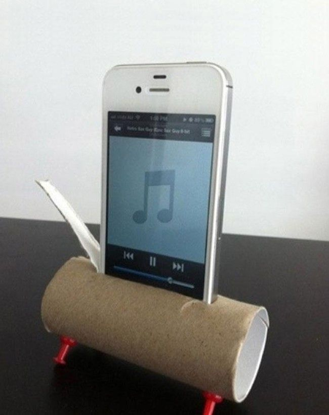 Reuse toilet paperboard as an amplifier