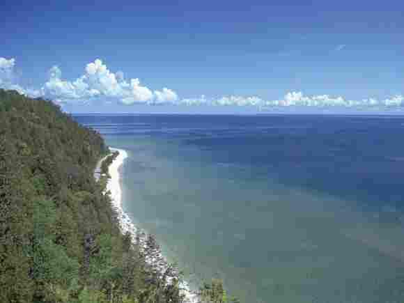 Lake Huron in North America with 59,600 square km.
