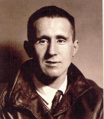 Бертольт Брехт.