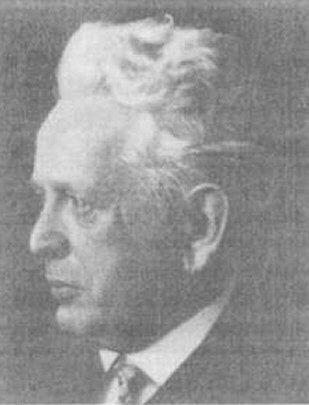 Ernst Cassirer.