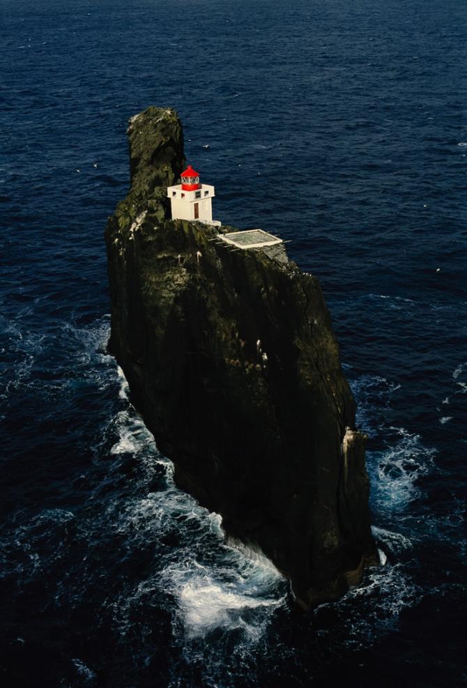 Farol da Ilha Thridranga (Islândia do Sul)