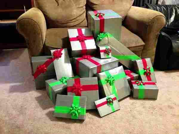 Pak cadeaus in, alleen met tape