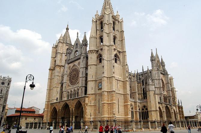 León (Castile dan León)