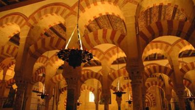 Самые красивые памятники в Испании