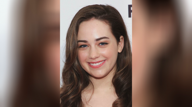 Best Mary Mouser movies