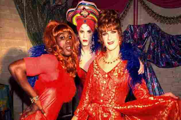 Patrick Swayze, Wesley Snipes y John Leguizamo ( To Wong Foo, Thanks for Everything, Julie Newmar )