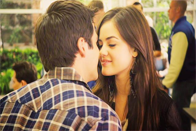 Noel and Aria (Little Liars)