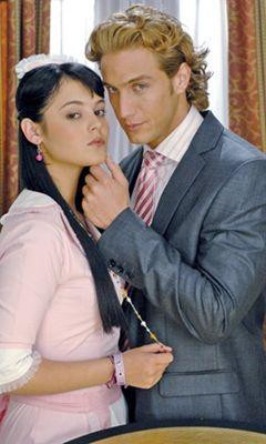 Allison Lozz e Eugenio Siller