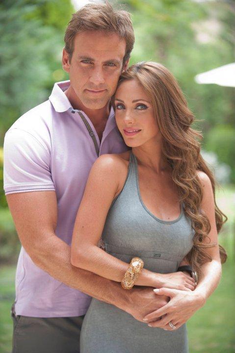 Anahi and Carlos Ponce