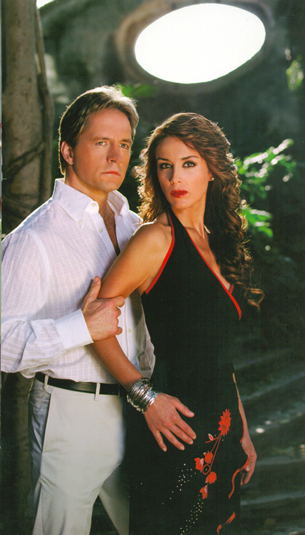 Jacqueline Bracamontes e Guy Ecker