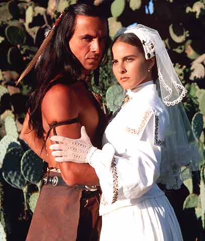Kate del Castillo and Eduardo Palomo
