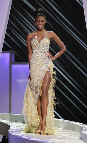 АНГОЛА, Лейла Лопес, Мисс Вселенная 2011