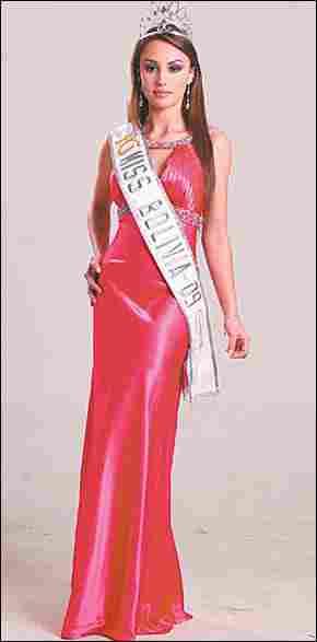 Claudia Arce - Miss Bolivia 2010