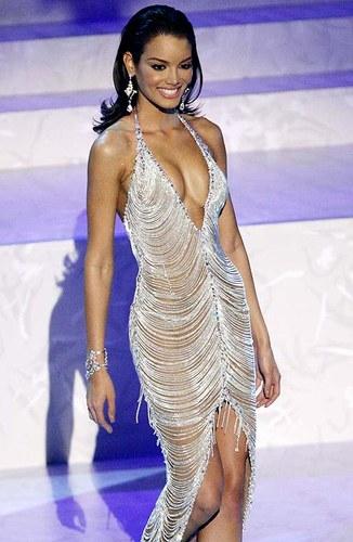 Zuleyka Rivera - Miss Universe 2006
