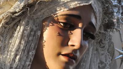 Les plus belles vierges de Séville