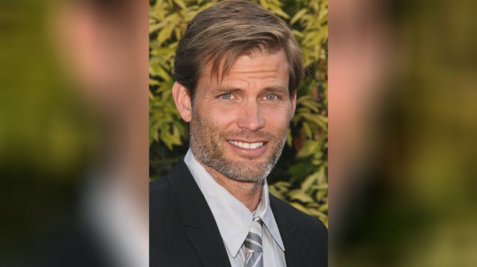 Best Casper Van Dien movies