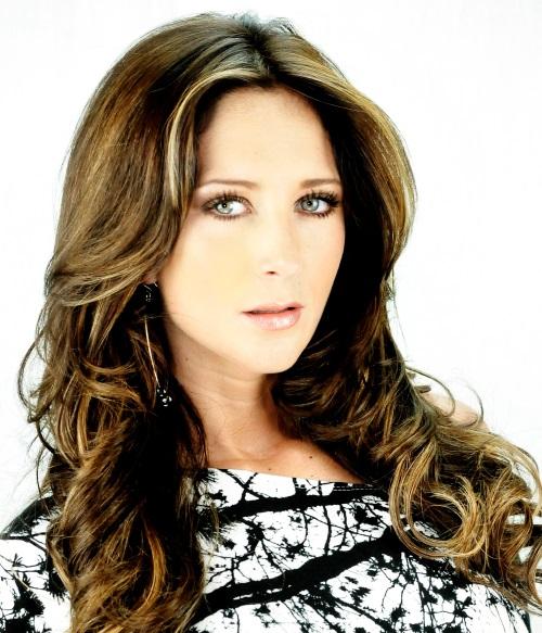 GERALDINE BAZAN (TV AZTECA)
