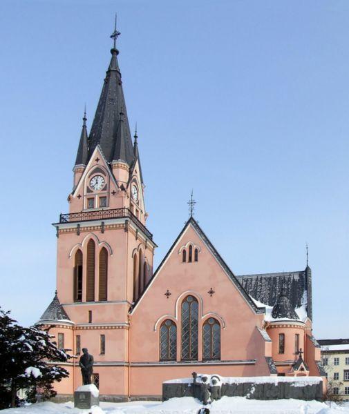 Неоготическая церковь Кеми