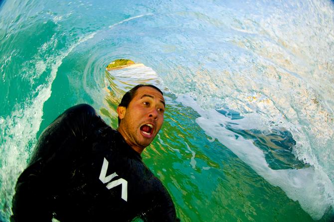 Selfie surfing