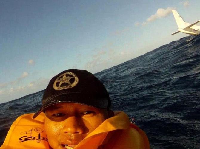 Selfie tirada após um naufrágio