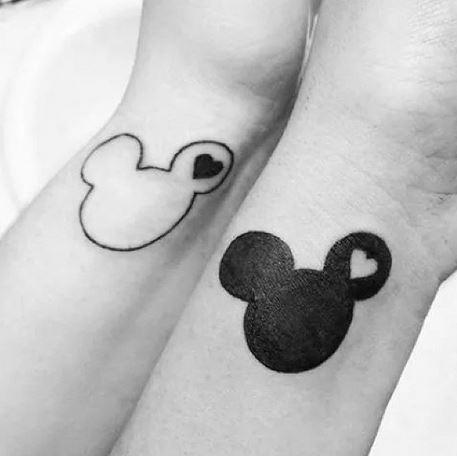 멋진 디즈니 연인 문신