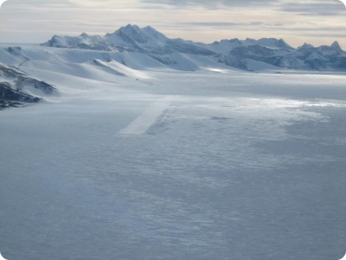 Ice Runway (Antártico)