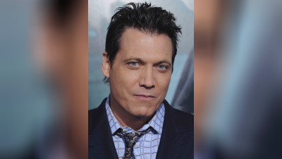 Best Holt McCallany movies