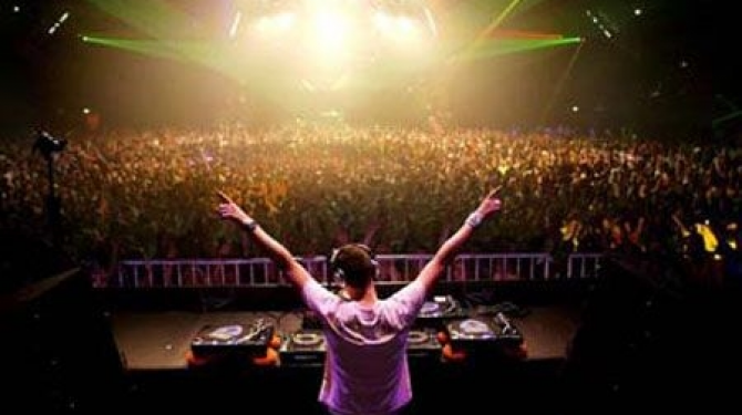 The best party places in Spain