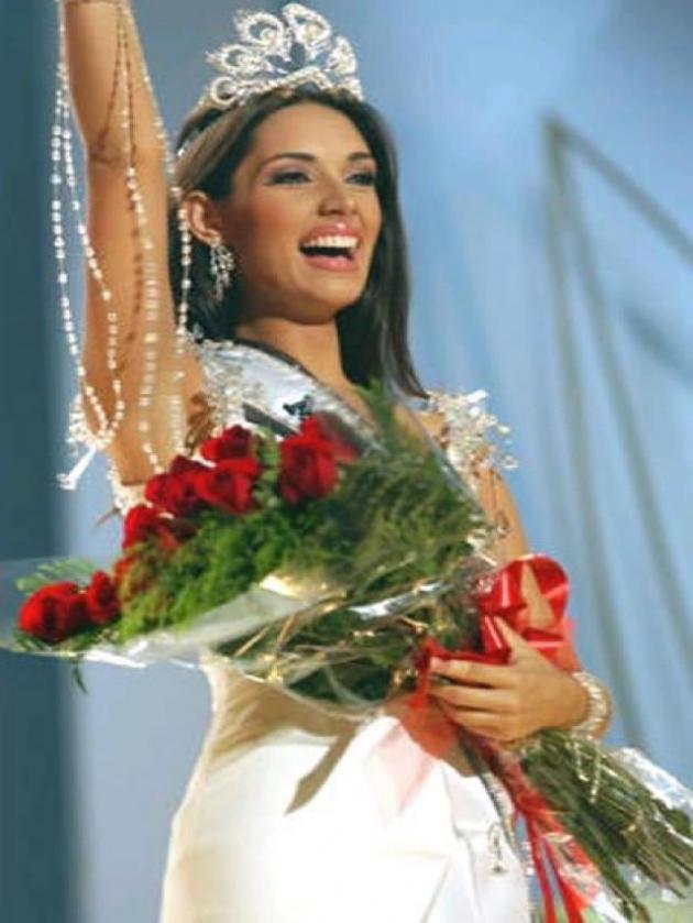 Amelia Vega (Miss Universo 2003, República Dominicana)