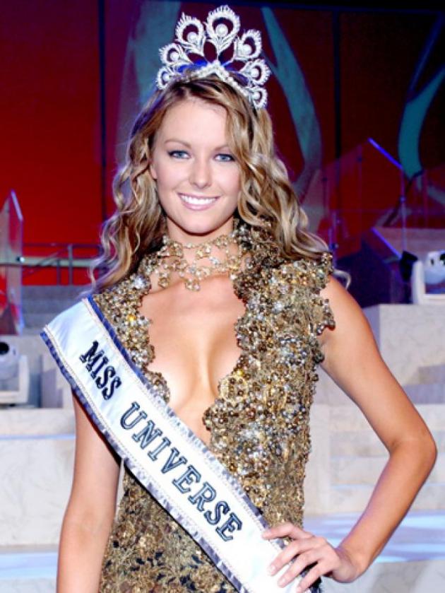 Jennifer Hawkins (Miss Universo 2004, Austrália.)