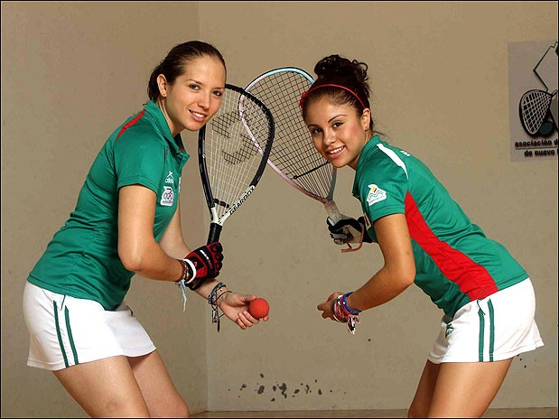 Paola Longoria y Samantha Salas
