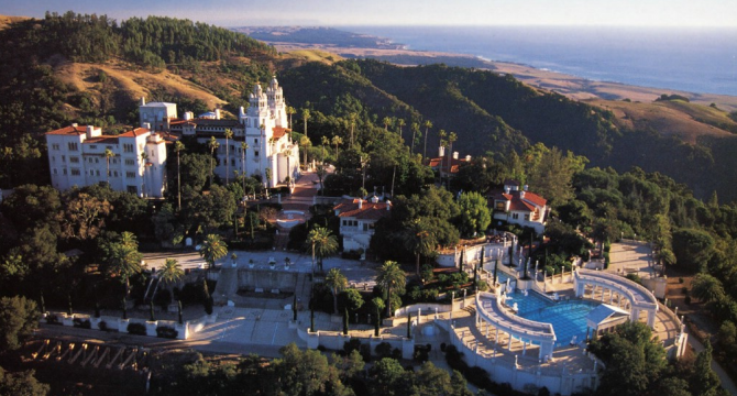 Castelul Hearst, California: 190 milioane USD