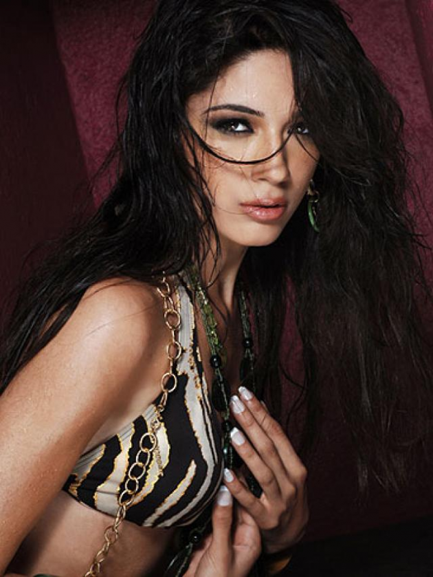 Nadine Njeim (Maaser the shouf)