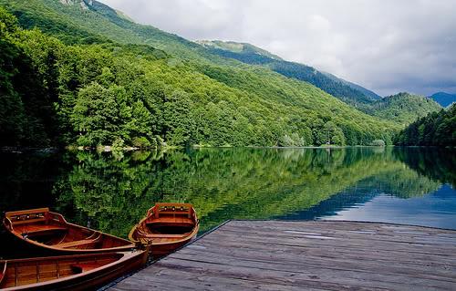 Биоградское озеро (Черногория)