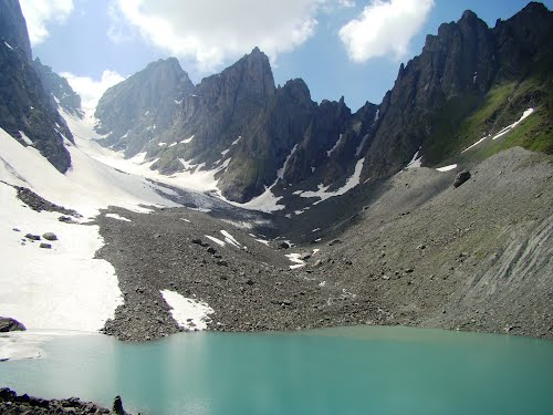 Озеро Белое Абуделаури (Грузия)