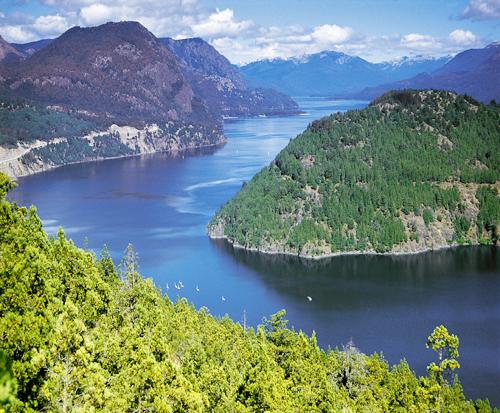 Озеро Лакар (Аргентина)