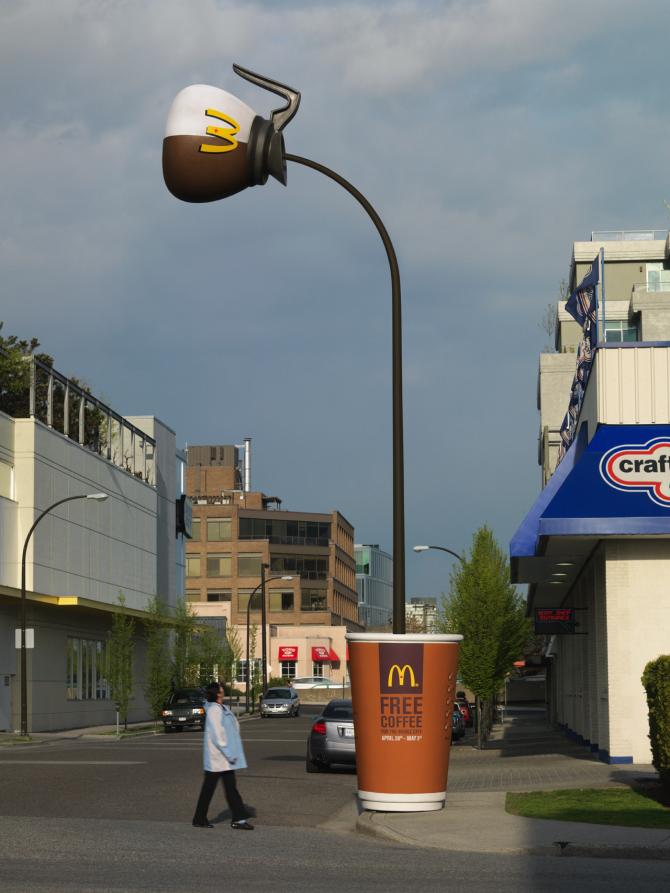 Một chiếc đèn lồng cà phê