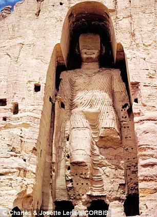 Destruction of a monumental Buddha