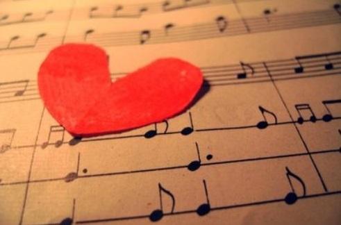 愛 歌 Aika (chanson d'amour)