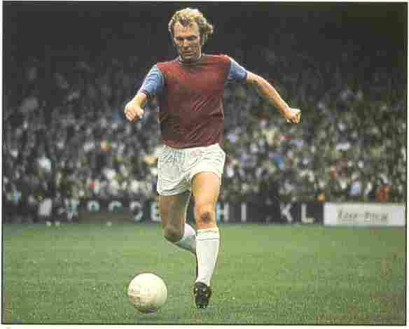 Bobby Moore (England).