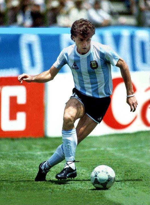 Oscar Ruggeri (Argentinien).